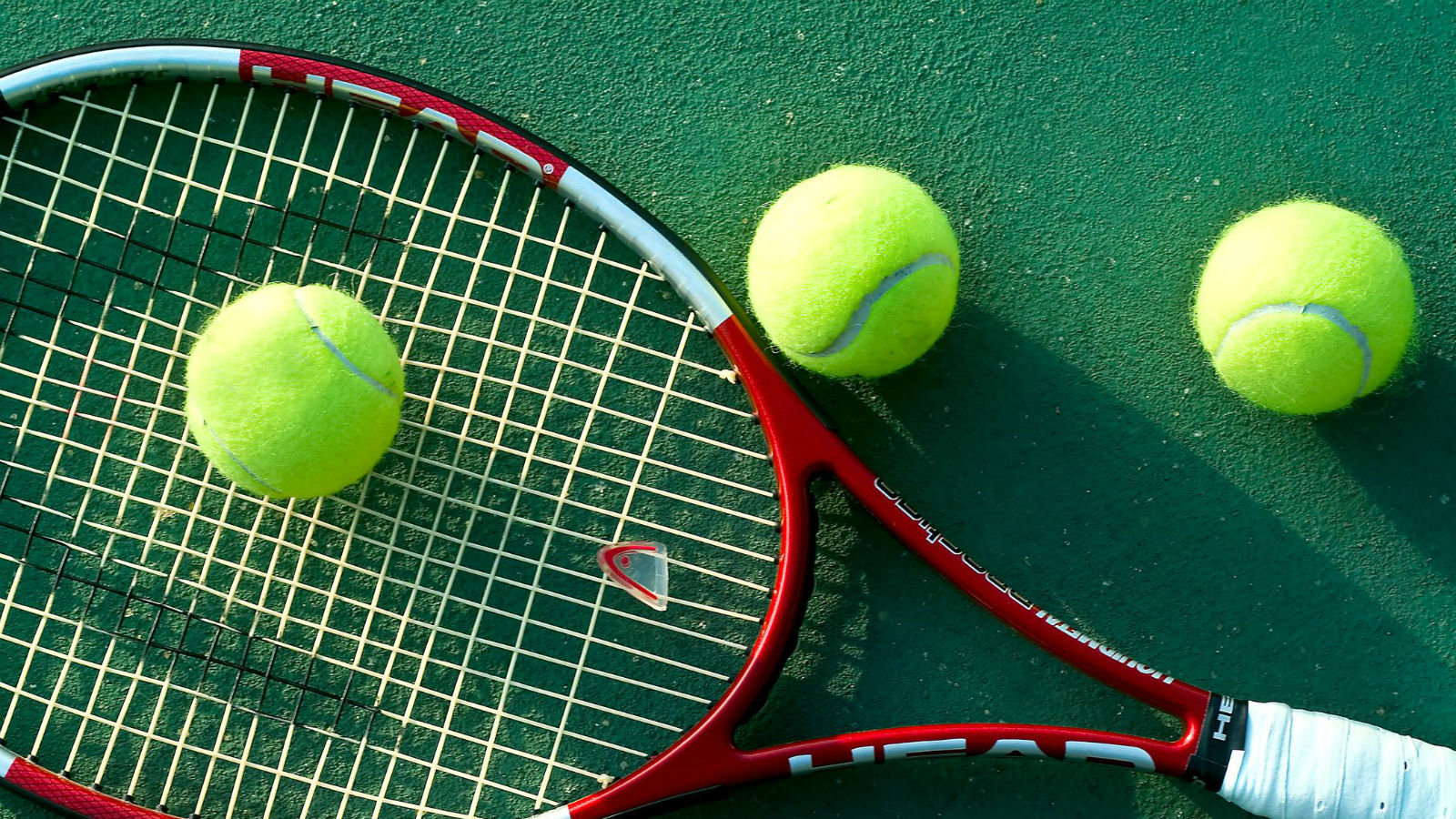 Get a good work out with Tennis at Le Royal Meridien Dubai